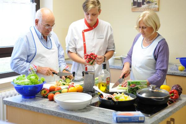 Kochkurs für gesunde Ernährung im Rahmen der Ernährungstherapie