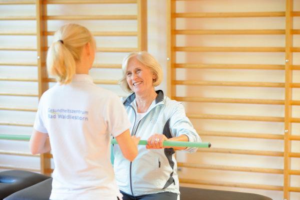 Physiotherapeutische Maßnahmen im Rahmen der Rehabilitation nach einem Bandscheibenvorfall